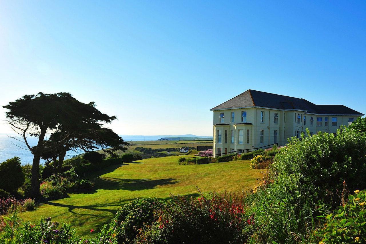 Polurrian Bay Hotel - Wedding planner Cornwall