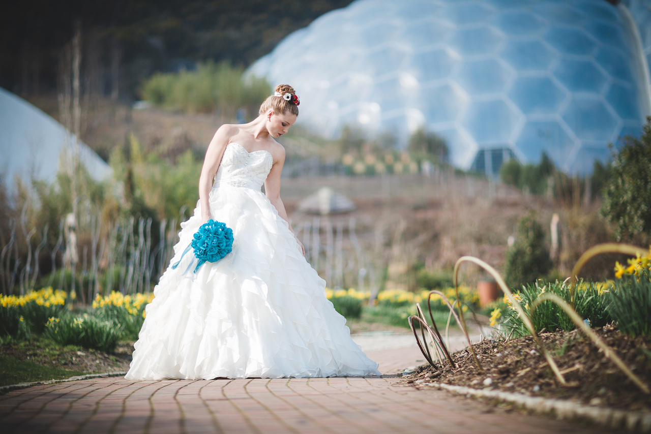 Bride outside biome at Eden project - Wedding planner Cornwall