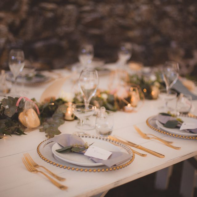 gold and blush table wedding